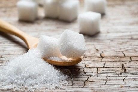 renunță la zahăr fără pierdere în greutate de ce nu pot pierde nici o grăsime
