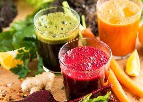 cele mai bune băuturi organice de slăbit