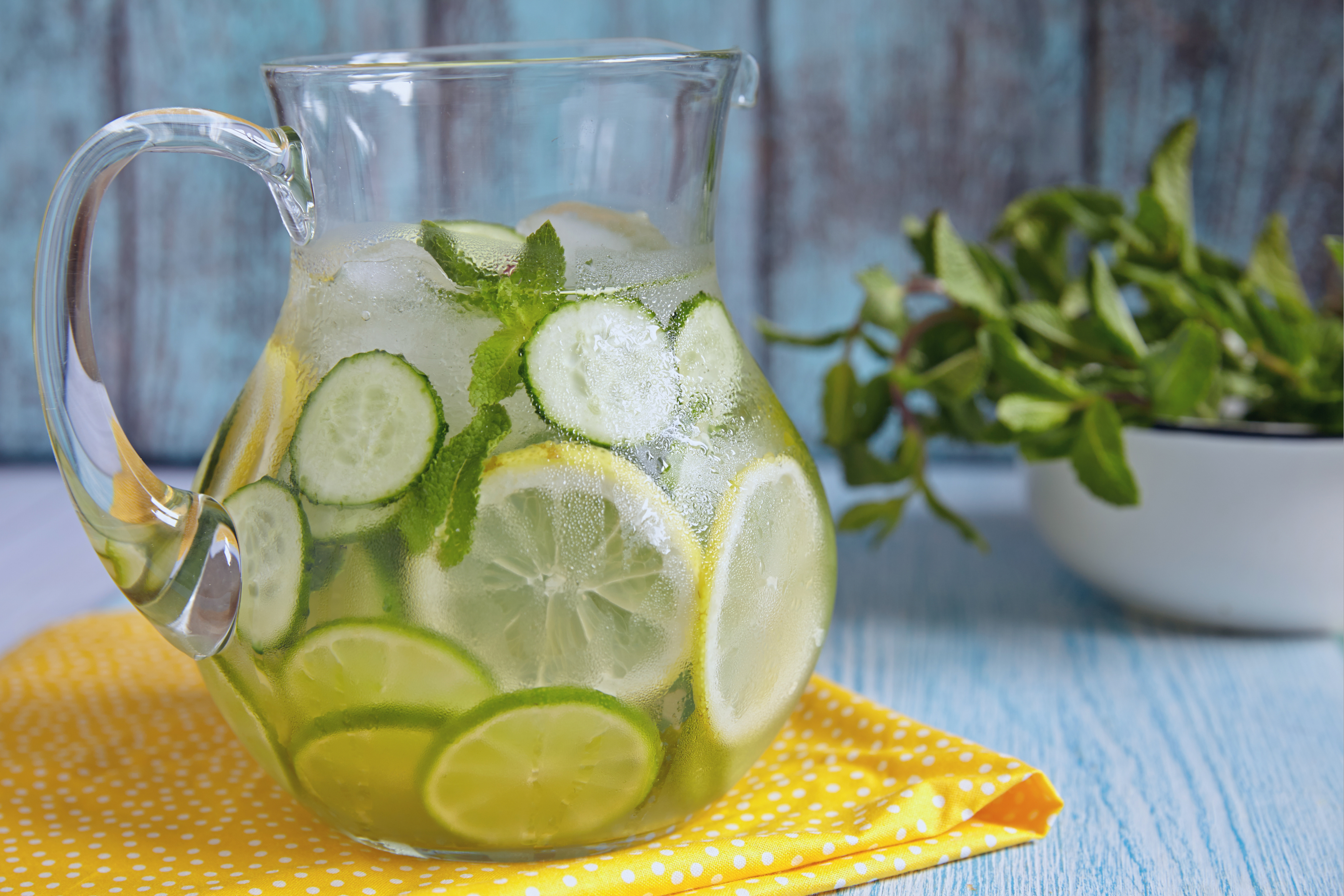 ce băuturi te pot ajuta să slăbești