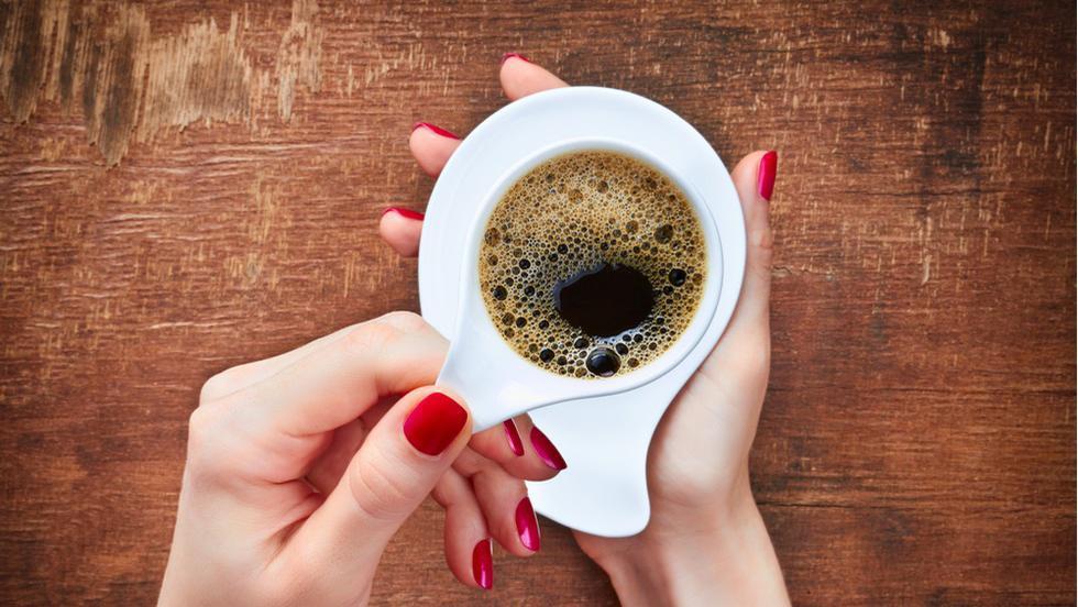 cafeaua poate arde grăsime