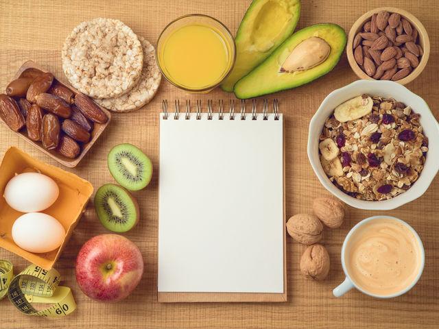 TOP 10 diete ieftine, dar eficiente!, Cea mai eficientă dietă de slăbit. Topeşte rapid 20 de kg