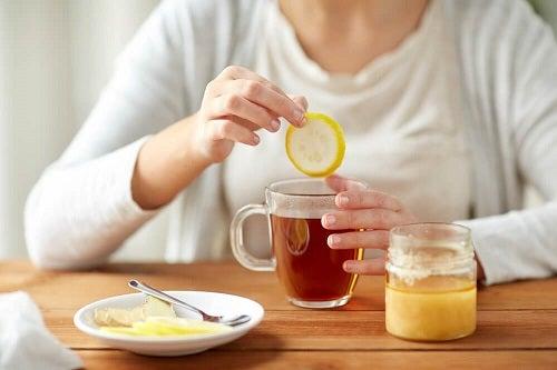 faceți o băutură de slăbit viața mică se schimbă pentru a pierde în greutate