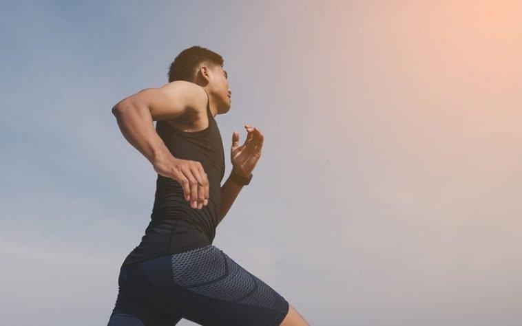 Ghidul final pentru pierderea rapidă a grăsimii din stomac (chiar dacă dormi)