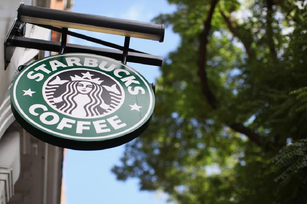 Sensibilitatea la cofeina.Cafeaua din roscove, o alternativa sanatoasa la cafeaua naturala.